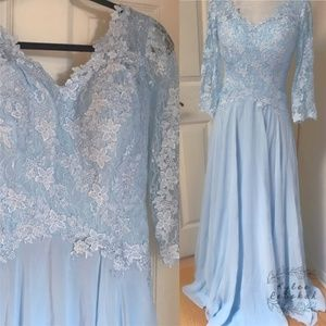 HP🌟NWOT Light Blue Lace Formal Long Dress